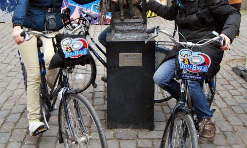 Amsterdam in punta di pedale e zoccoli tacco 8