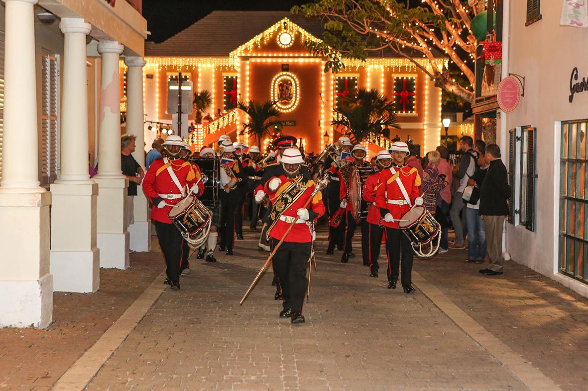 Christmas Walkabout Bermuda, December 5 2014-5