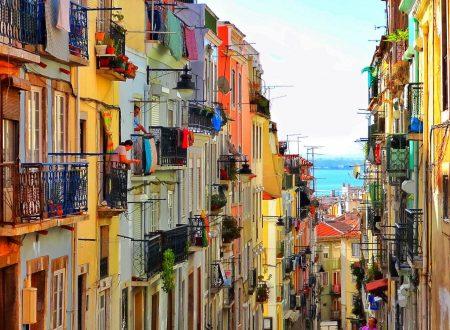 Lisbona città in rosa